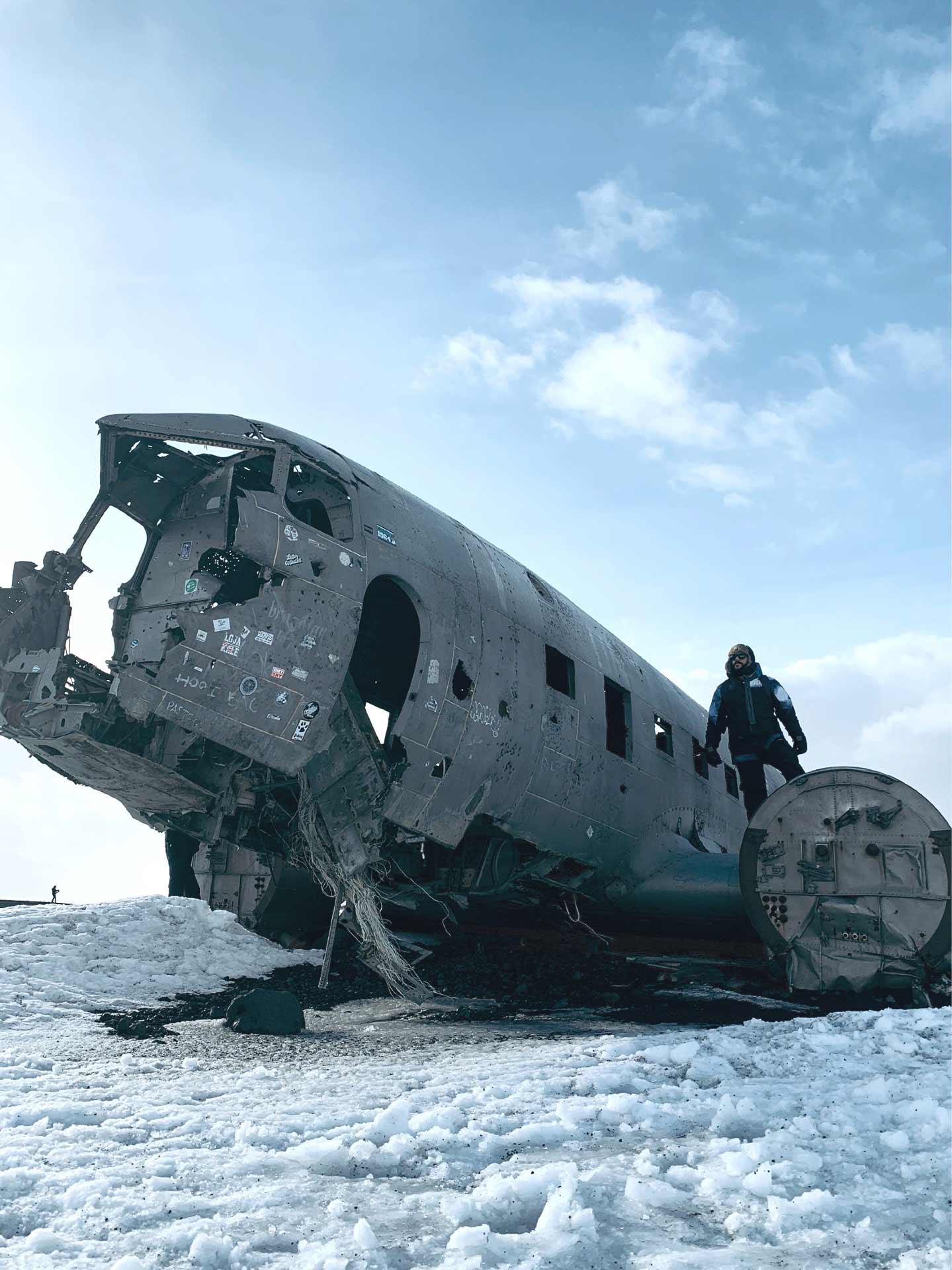 avion-abandonado-islandia