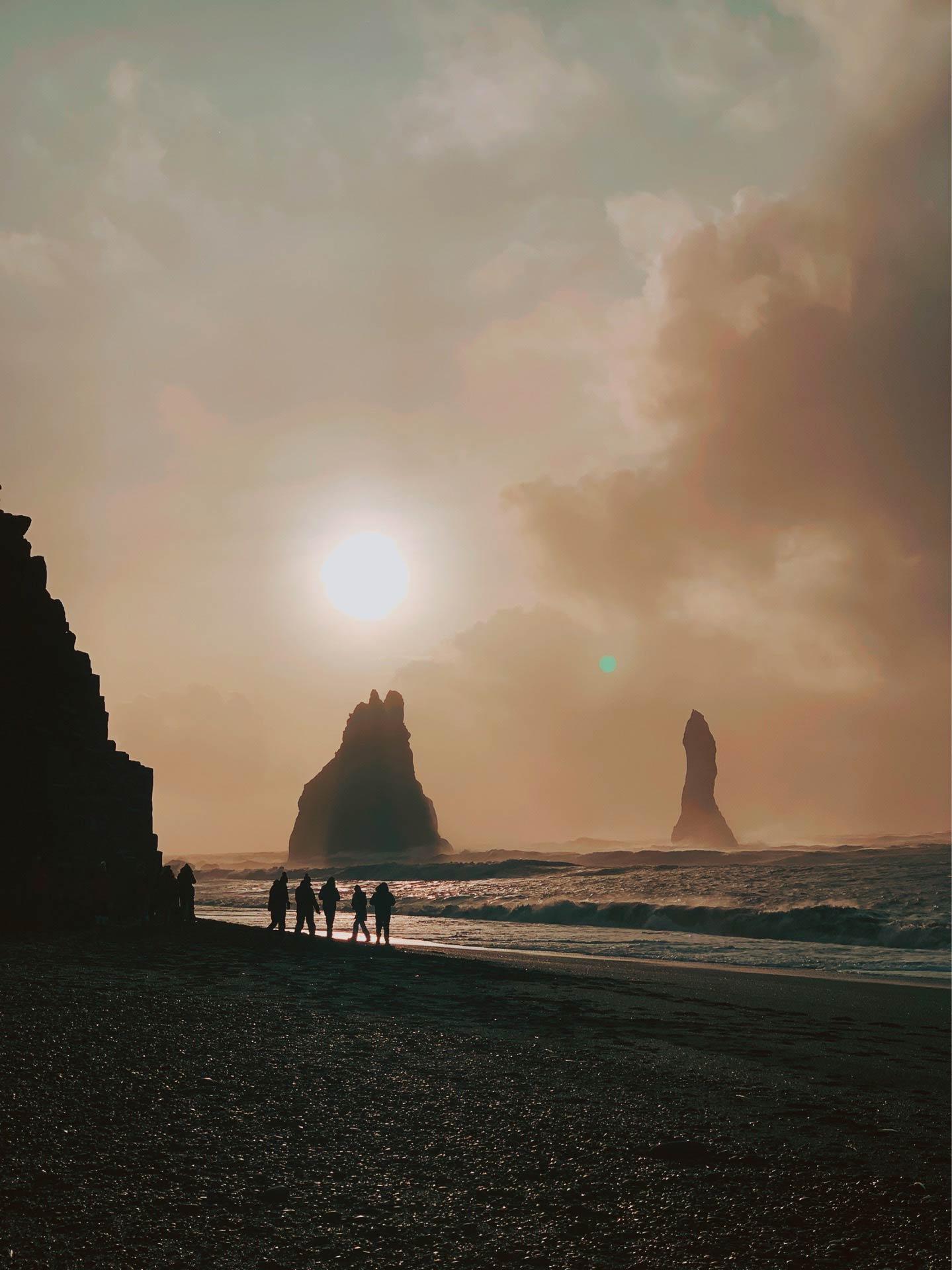 playa-de-vik-negra